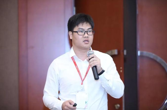"""深信服云计算BU架构师杨旭荣先生就""""传统企业云化IT架构建设之路""""带来精彩分享"""